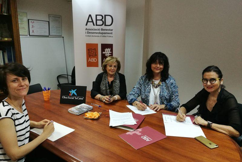 """La Fundación ABD y la Fundación Bancaria """"La Caixa"""" firman un convenio de colaboración para el proyecto """"Comunitat Activa"""""""