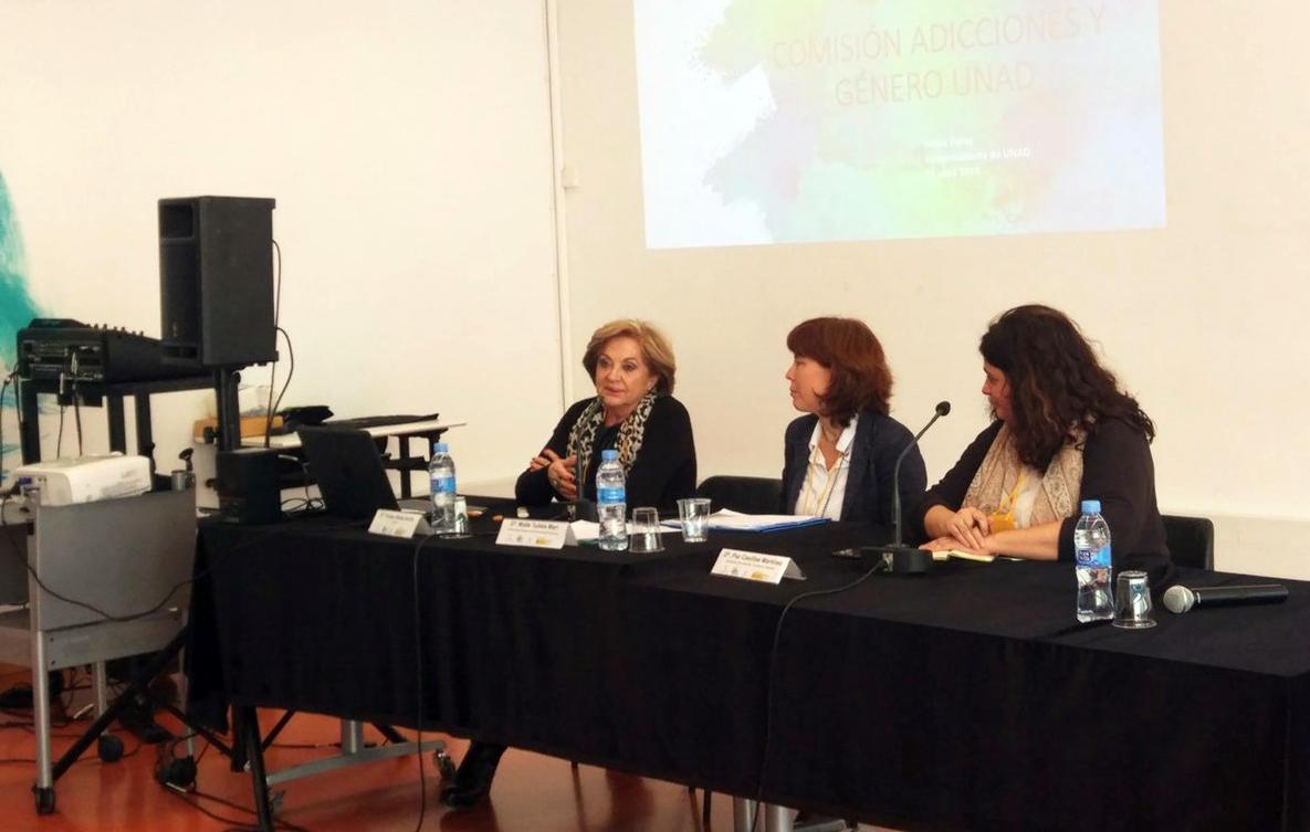 La presidenta d'ABD i vicepresidenta de la UNAD, Felisa Pérez, participa com a ponent a la II Jornada Xarxa Gènere i Drogues