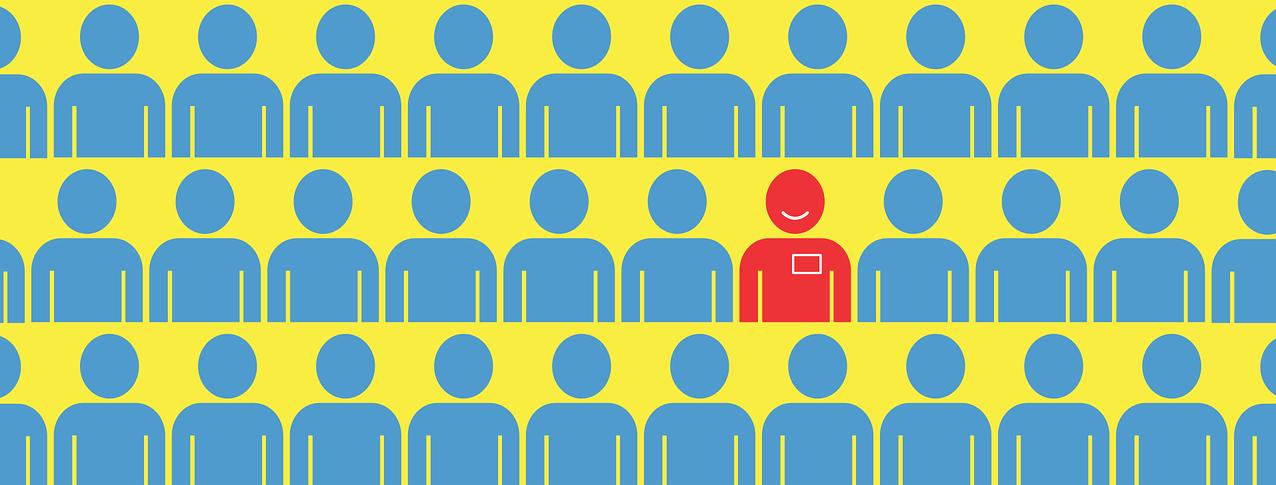 T'agradaria treballar en una ONG? Revisa les ofertes