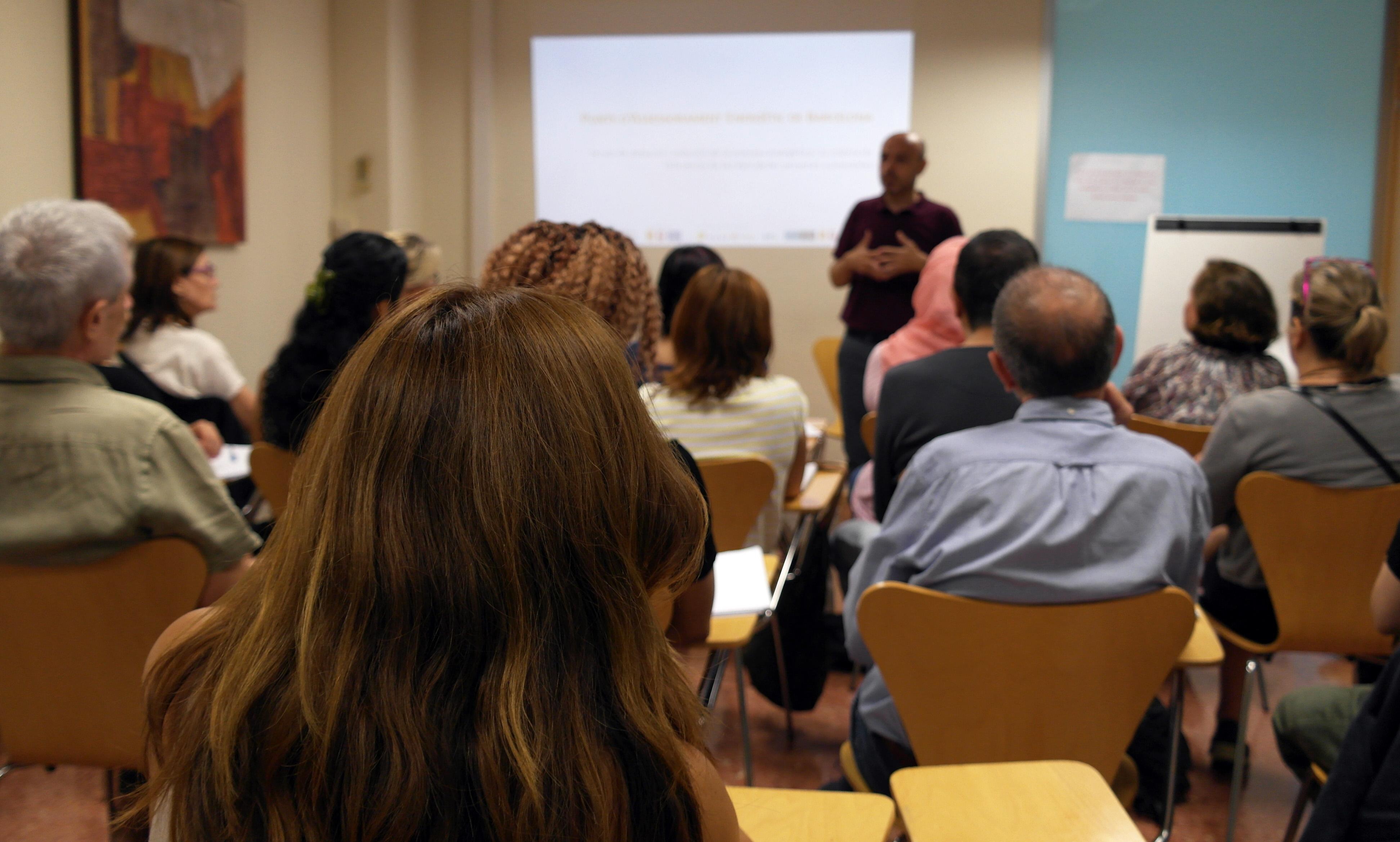 La quinta edición del Plan de Ocupación de los Puntos de Asesoramiento Energético (PAE) inicia el curso con veinte nuevos participantes y con una duración de doce meses